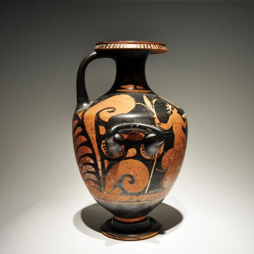 Hydria. Magna Grecia s. IV a. C._ArG.14b
