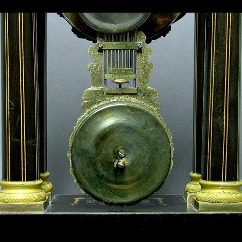 Reloj-de-columnas.-S.-XIX_1i1