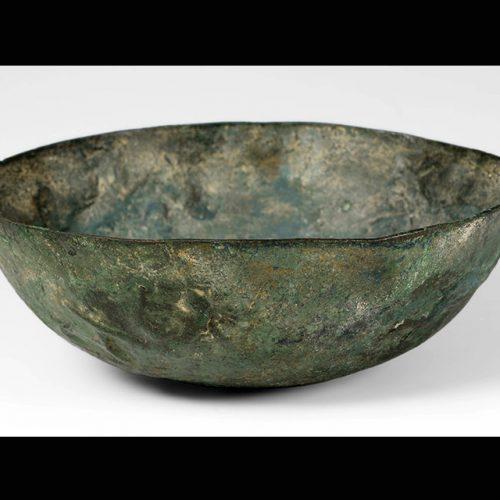 Cuenco-Bronce_Valle-del-Indo_-4000-2000-a.C.-_4b2