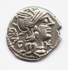 Denario-de-Antestia.-133-126-a.-C._2a