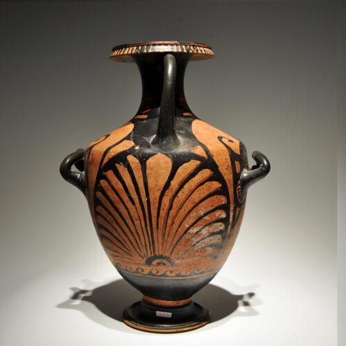Hydria. Magna Grecia s. IV a. C._ArG.14c